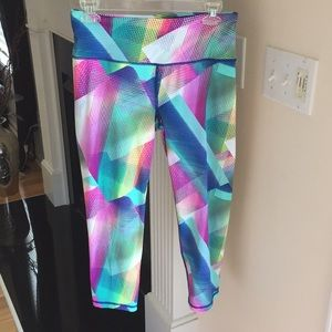 Victoria's Secret VSX sport knockout capris